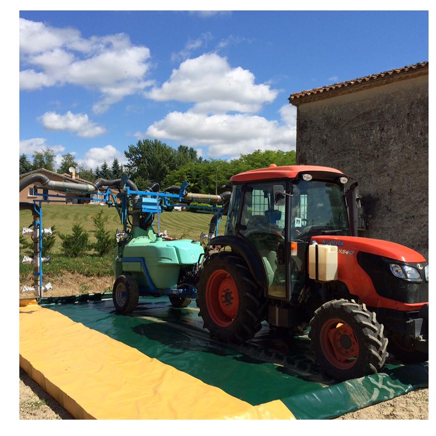 Aire souple de lavage et remplissage | Espaces verts & Pulvérisateurs traînés - 2,7 x 3 x 0,15 m 2 entrées/Sorties